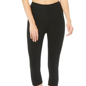ALO YOGA - HIGH-WAIST AIRBRUSH CAPRI